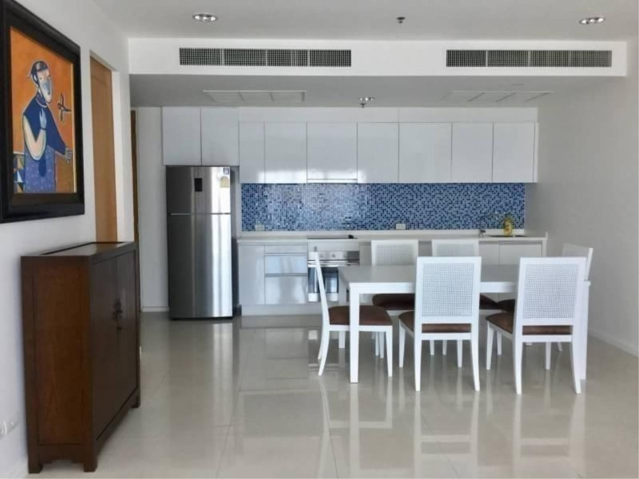 The One Residence Agency's condominium for sale , rent at The Royal Maneeya , 2BR , 3BA , 107SQM 4