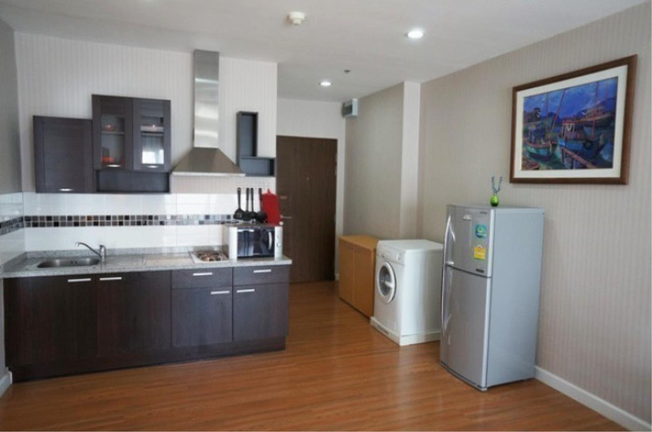 The One Residence Agency's condominium for rent at The Trendy Condominium , 1BR , 2BA , 72SQM 1