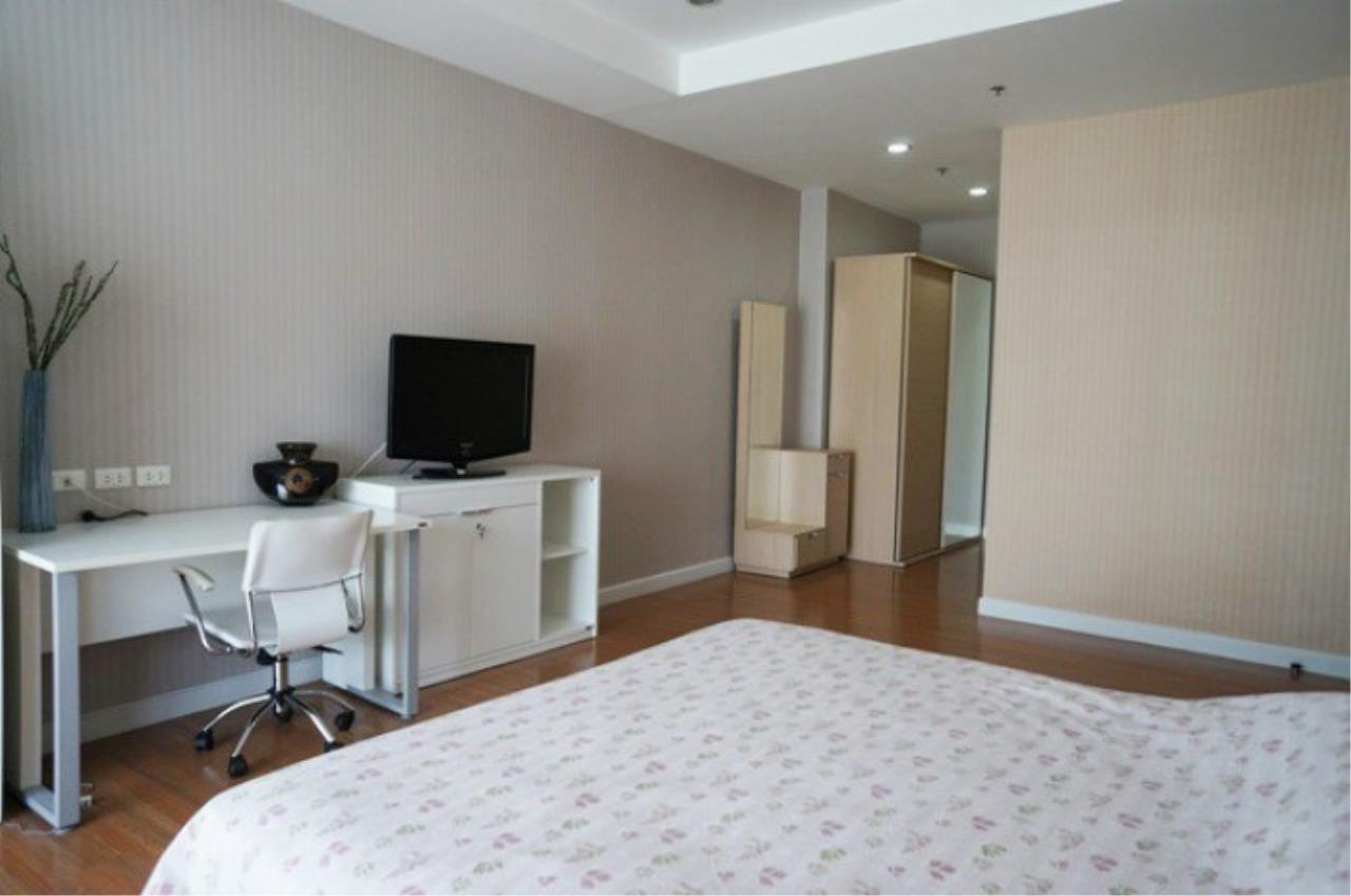 The One Residence Agency's condominium for rent at The Trendy Condominium , 1BR , 2BA , 72SQM 4