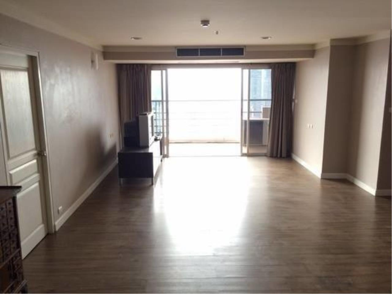 The One Residence Agency's condominium for rent at The Waterford Diamond , 3BR , 2BA , 124SQM 5