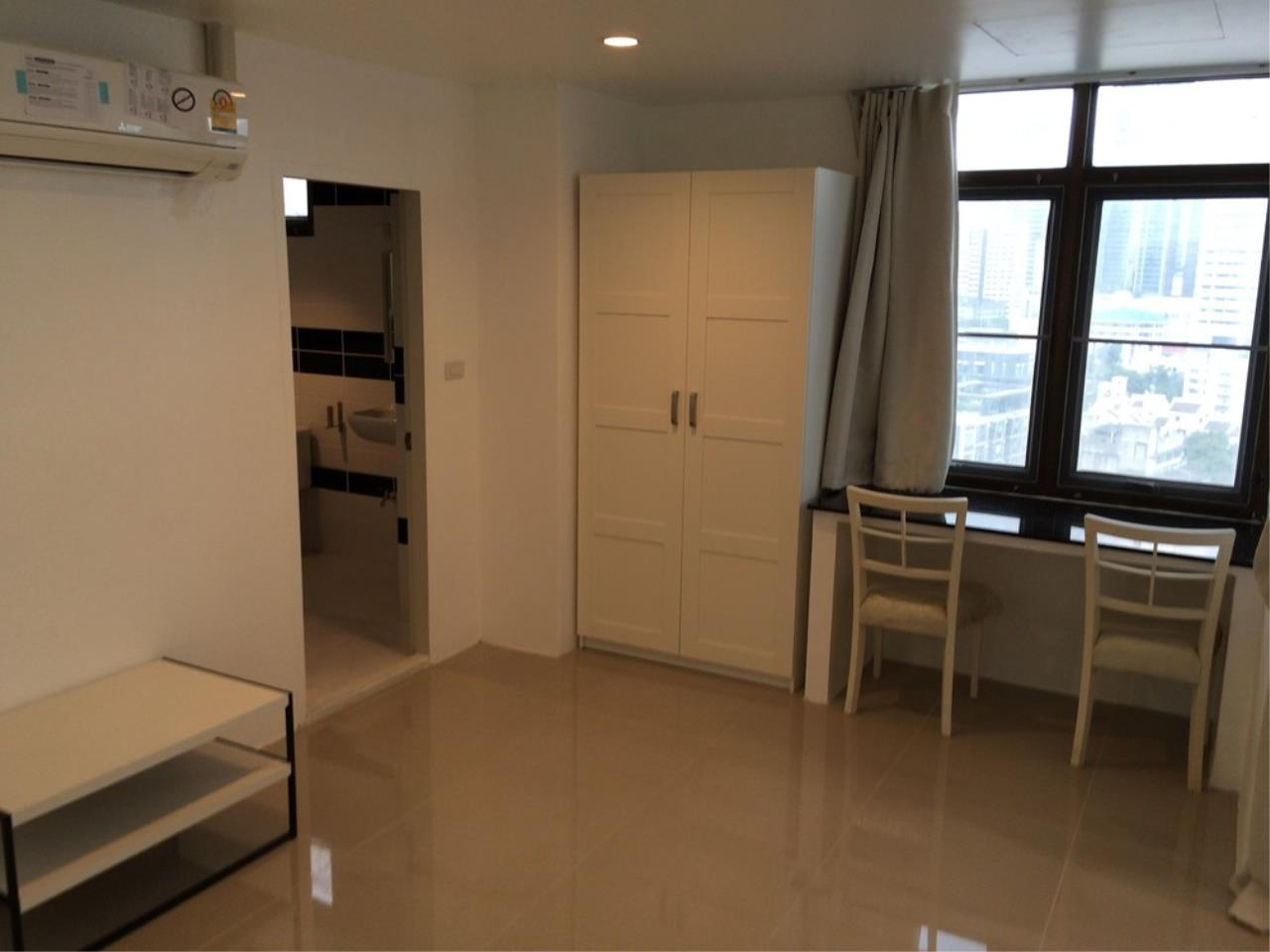 The One Residence Agency's condominium for rent at The Waterford Park Sukhumvit 53 , 1BR , 1BA , 68SQM 3