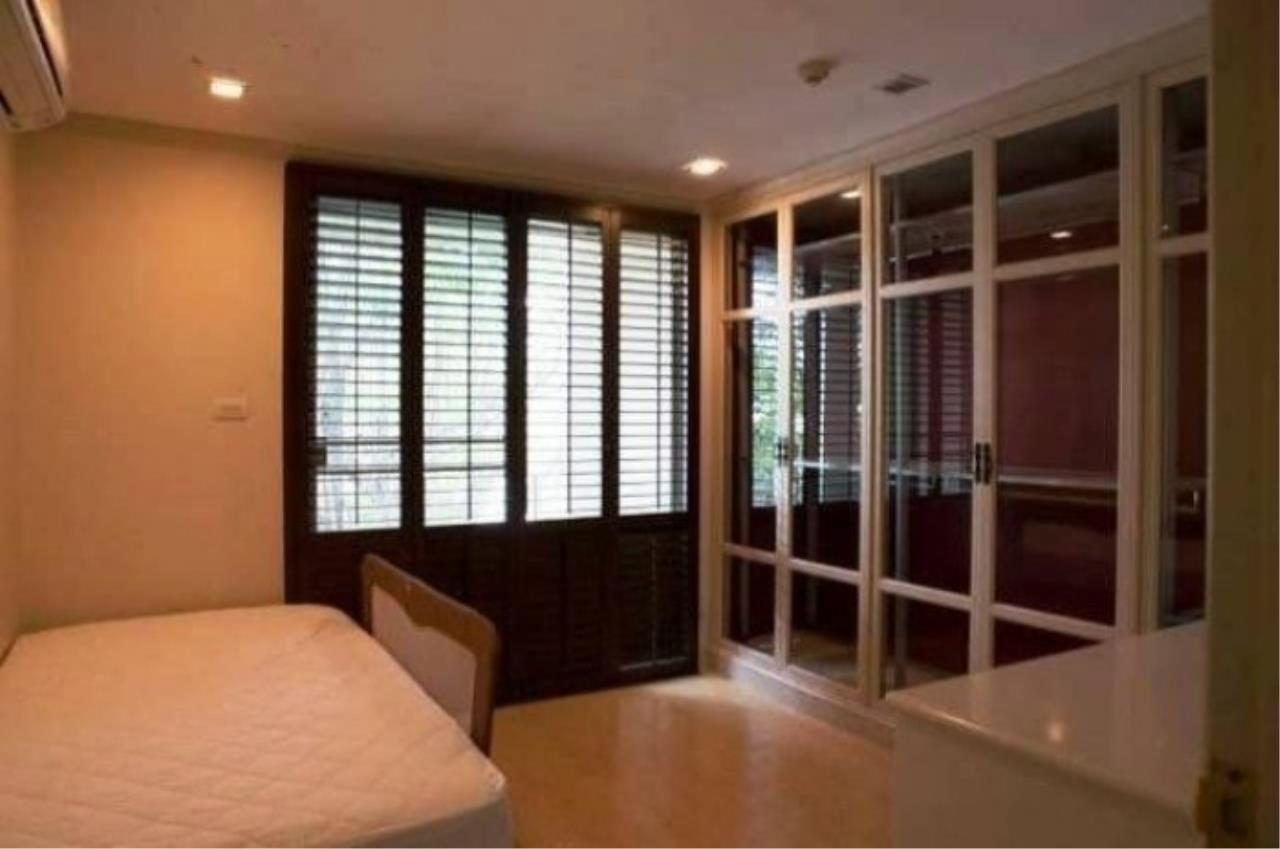 The One Residence Agency's condominium for rent at Turn Burry , 2BR , 2BA , 112SQM 4