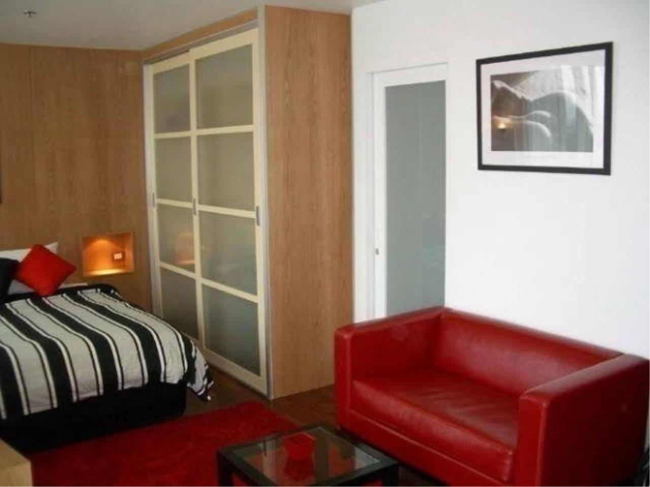 The One Residence Agency's condominium for rent at Urbana Langsuan , 0BR , 1BA , 48SQM 2