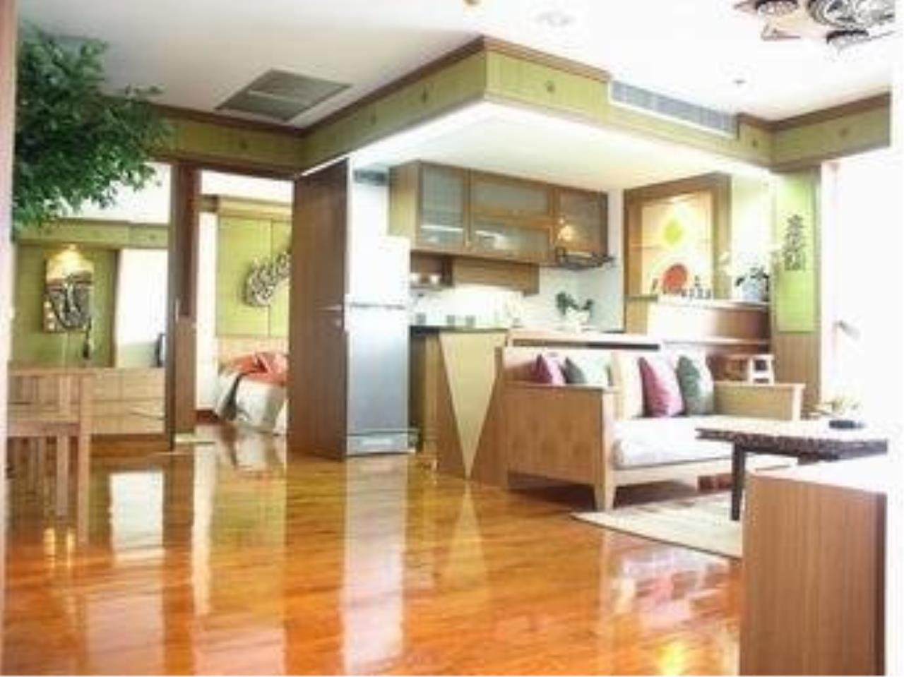 The One Residence Agency's condominium for rent at Urbana Langsuan , 1BR , 1BA , 61SQM 4