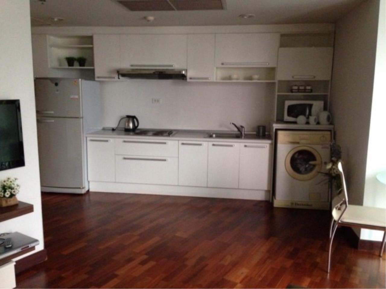 The One Residence Agency's condominium for rent at Urbana Langsuan , 1BR , 1BA , 50SQM 4