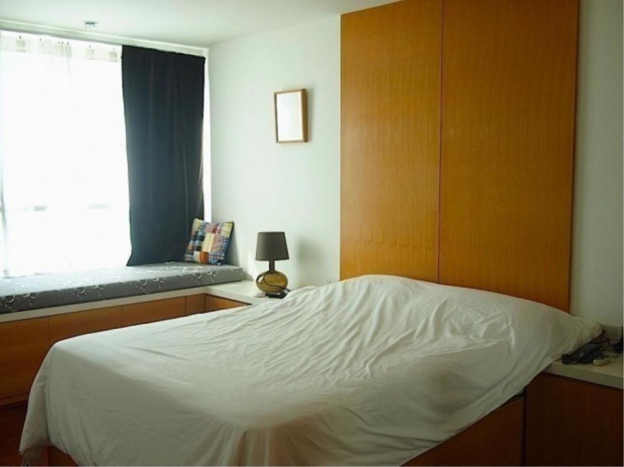 The One Residence Agency's condominium for rent at Urbana Langsuan , 1BR , 1BA , 68SQM 2