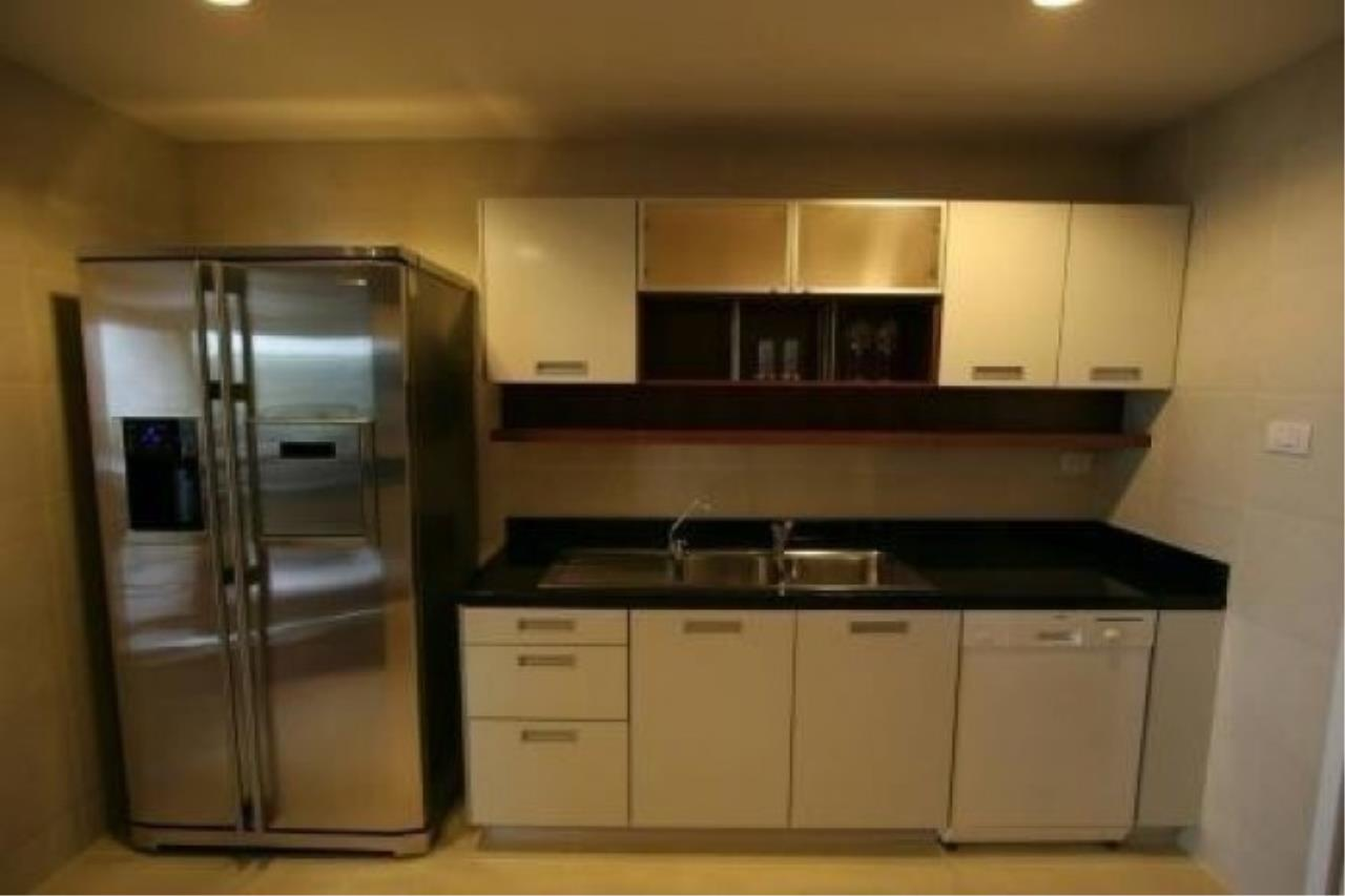The One Residence Agency's condominium for rent at Wilshire , 3BR , 3BA , 206SQM 7