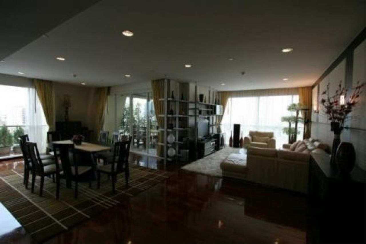 The One Residence Agency's condominium for rent at Wilshire , 3BR , 3BA , 206SQM 1