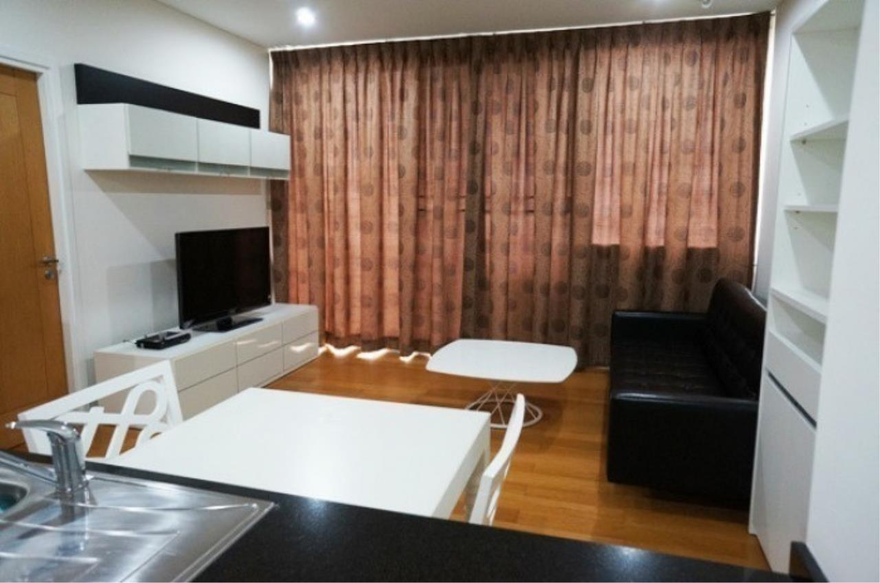 The One Residence Agency's condominium for rent at Wind Sukhumvit 23 , 1BR , 1BA , 54SQM 2