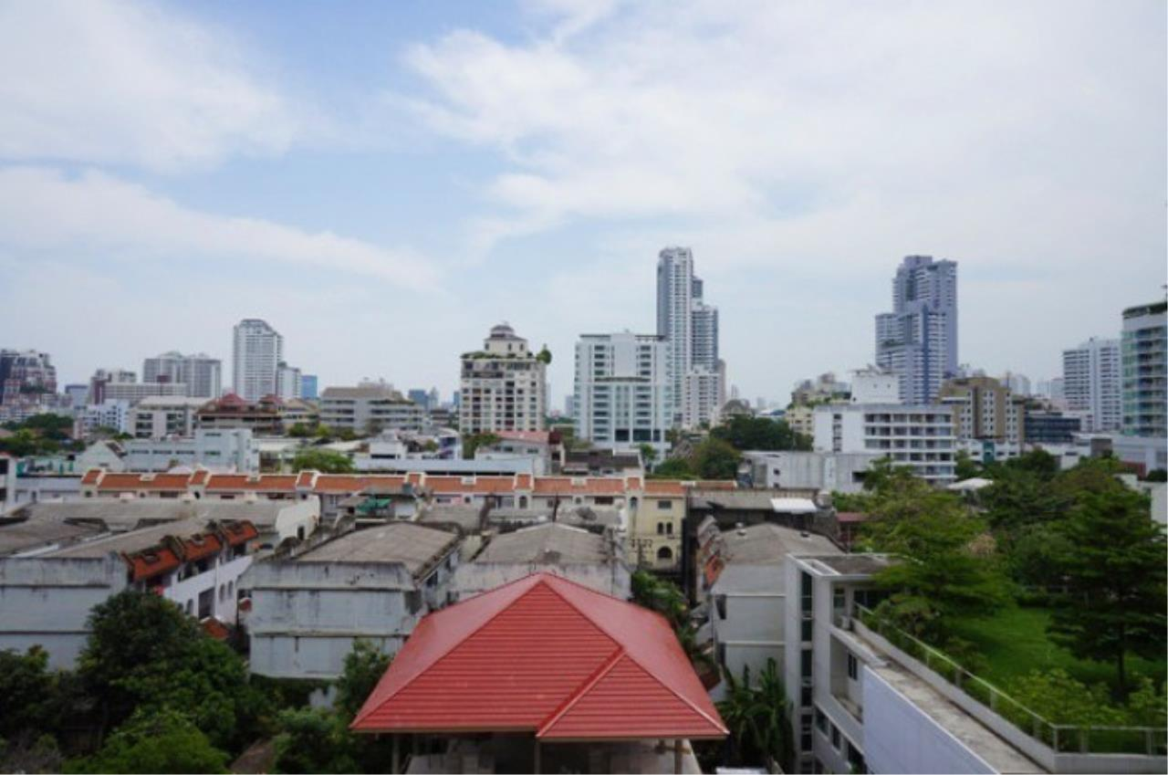 The One Residence Agency's condominium for rent at Wind Sukhumvit 23 , 1BR , 1BA , 54SQM 1