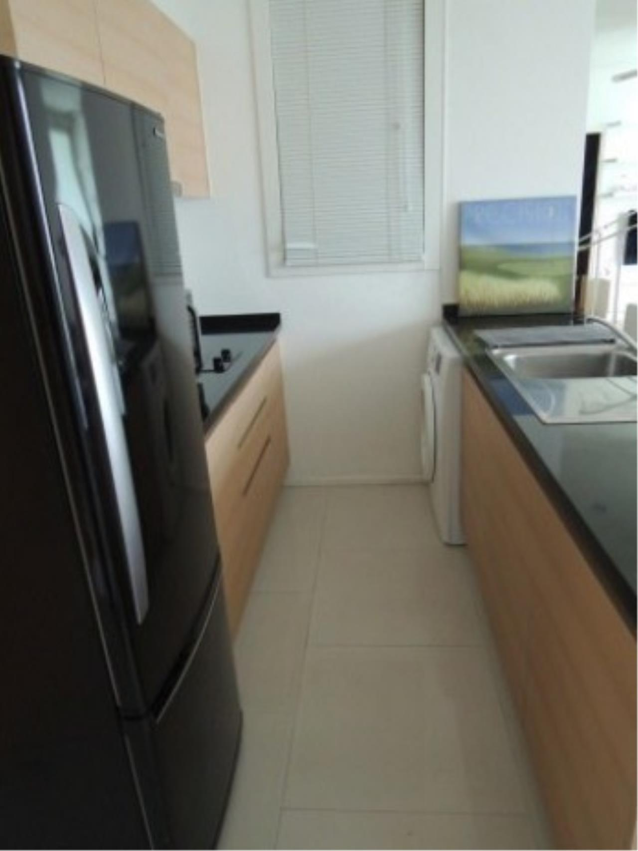 The One Residence Agency's condominium for rent at Wind Sukhumvit 23 , 1BR , 1BA , 51SQM 5