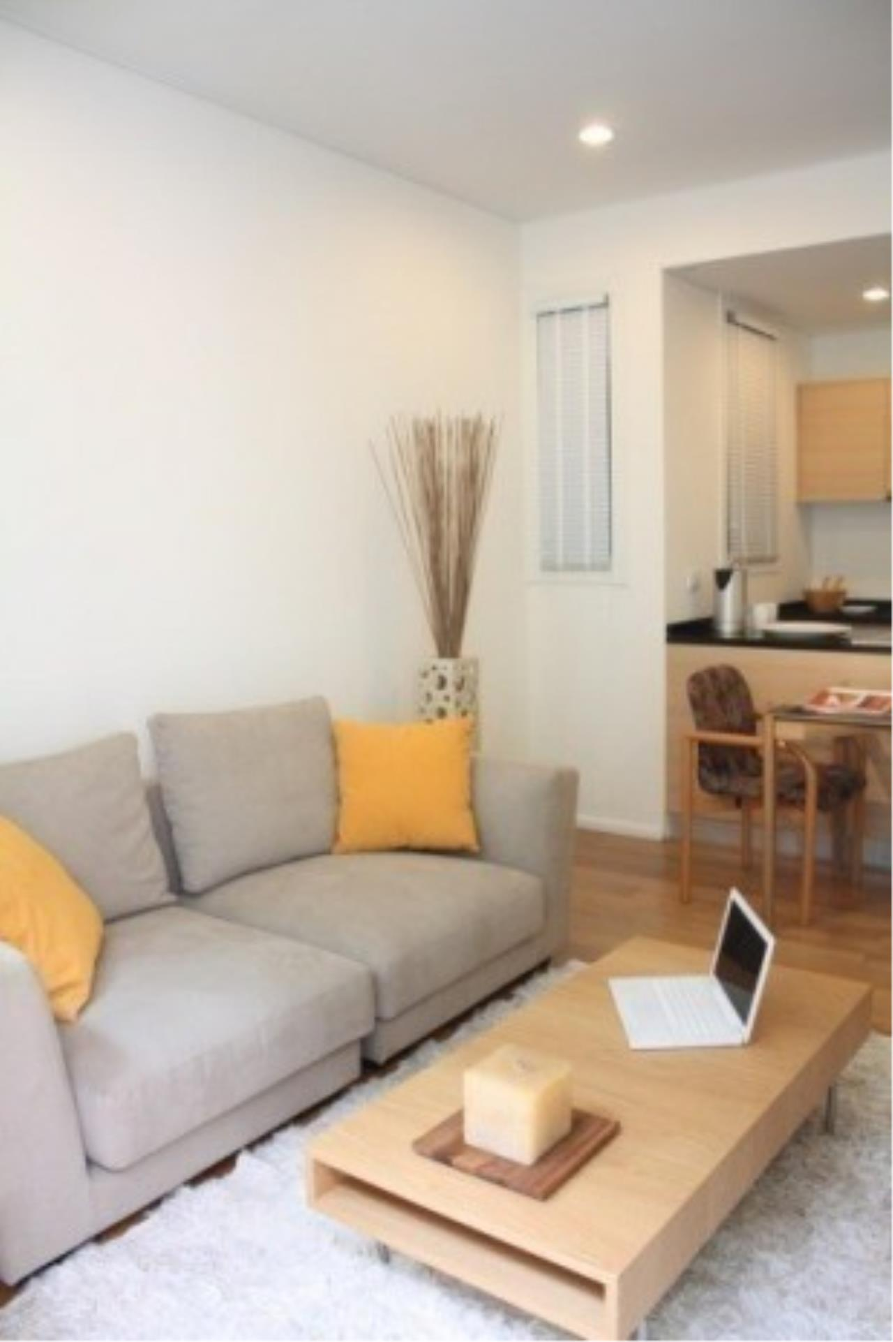 The One Residence Agency's condominium for rent at Wind Sukhumvit 23 , 1BR , 1BA , 52SQM 1