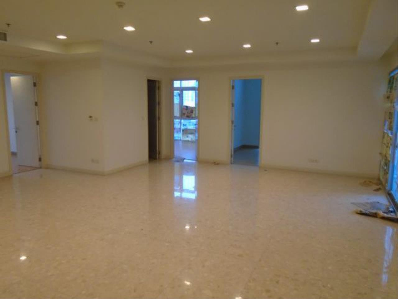 The One Residence Agency's condominium for sale , rent at Nusasiri Grand , 3BR , 3BA , 173SQM 6