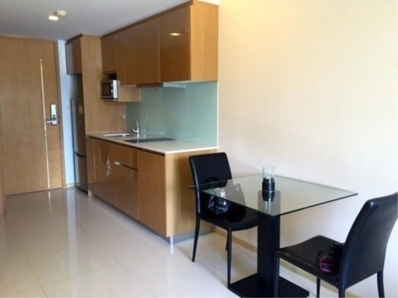 The One Residence Agency's condominium for rent at SOCIO Ruamrudee , 1BR , 1BA , 48SQM 4