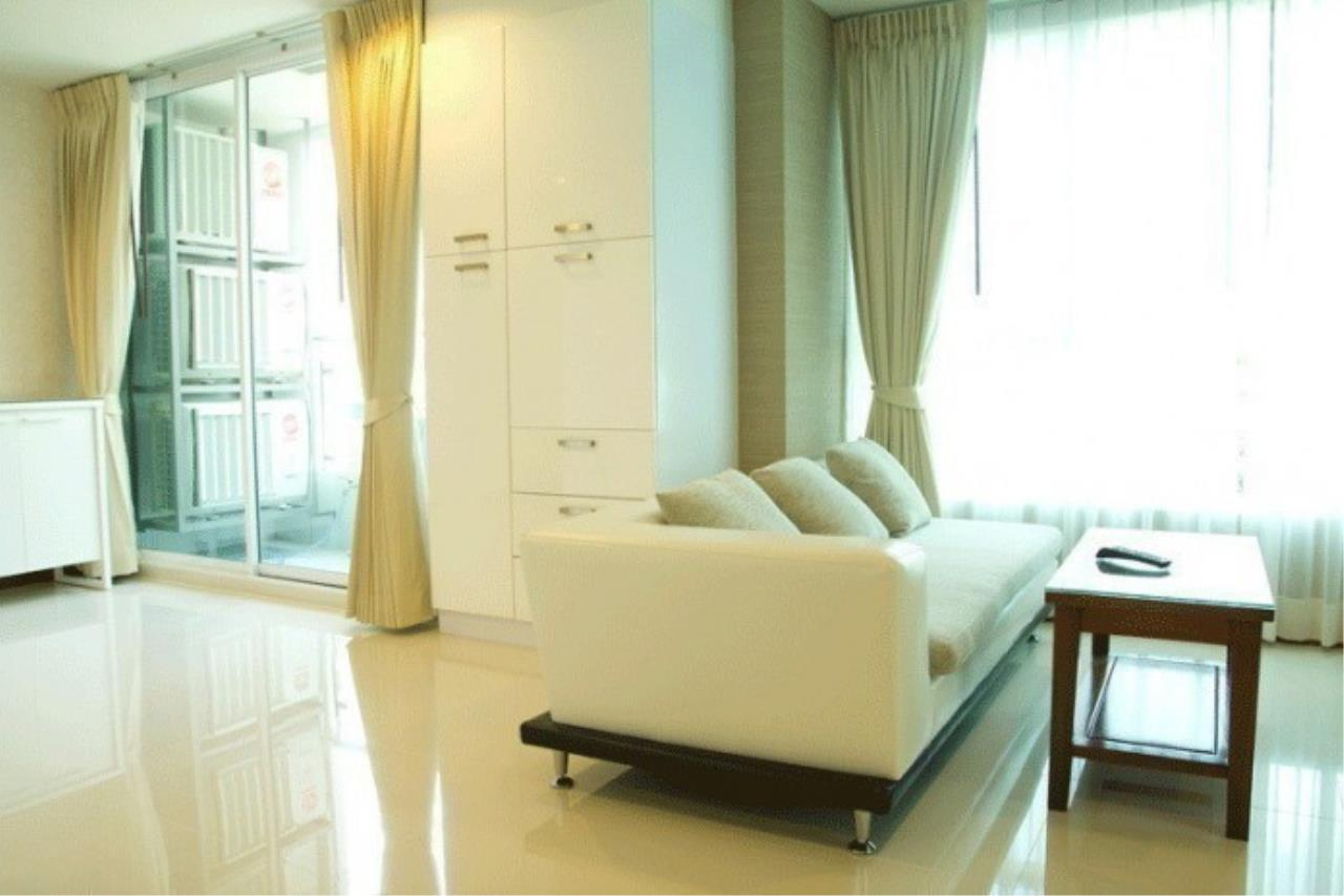 The One Residence Agency's condominium for rent at Sukhumvit Living Town , 1BR , 1BA , 67SQM 5