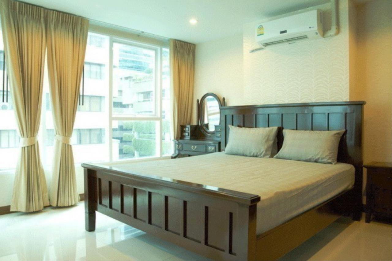 The One Residence Agency's condominium for rent at Sukhumvit Living Town , 1BR , 1BA , 67SQM 4