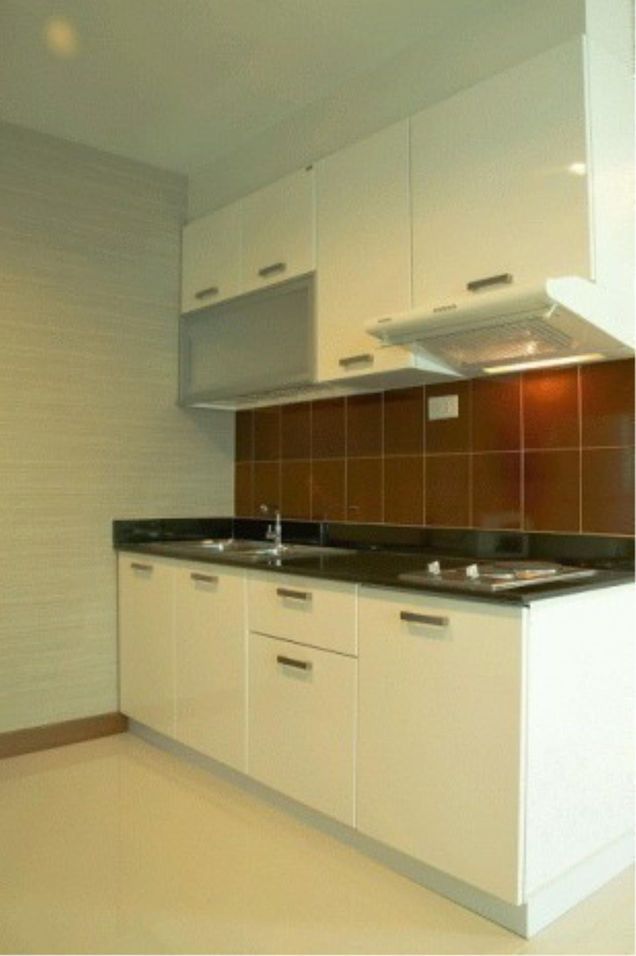 The One Residence Agency's condominium for rent at Sukhumvit Living Town , 1BR , 1BA , 67SQM 3