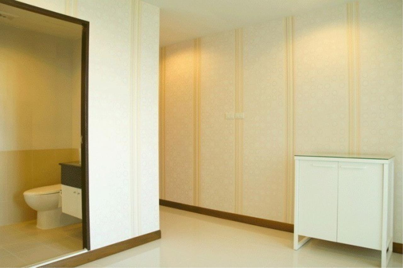 The One Residence Agency's condominium for rent at Sukhumvit Living Town , 1BR , 1BA , 67SQM 1