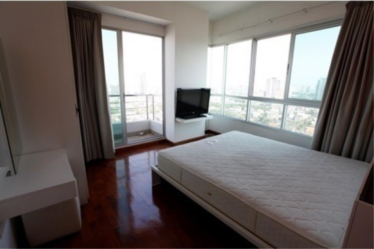 The One Residence Agency's condominium for rent at Supalai River Place , 2BR , 2BA , 80SQM 3
