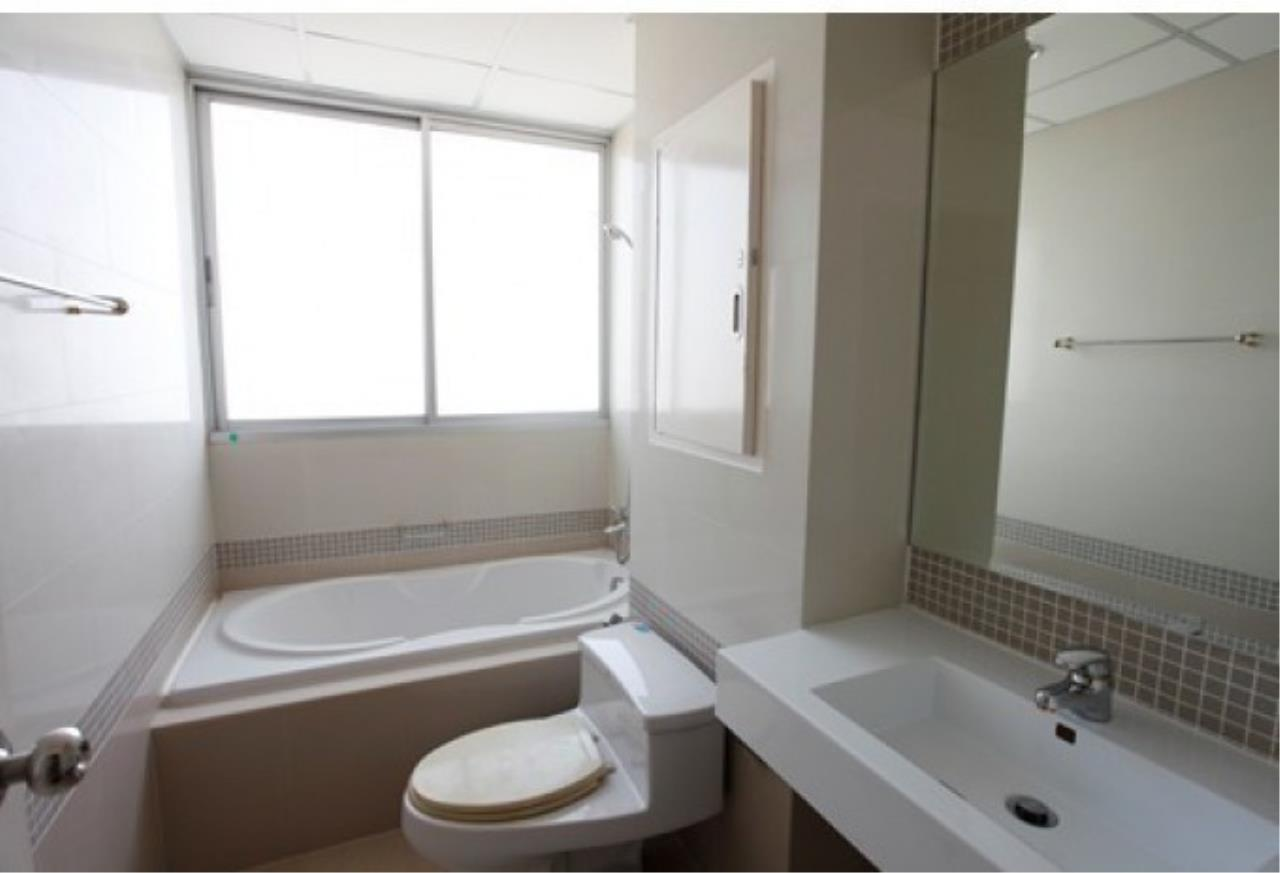 The One Residence Agency's condominium for rent at Supalai River Place , 2BR , 2BA , 80SQM 2