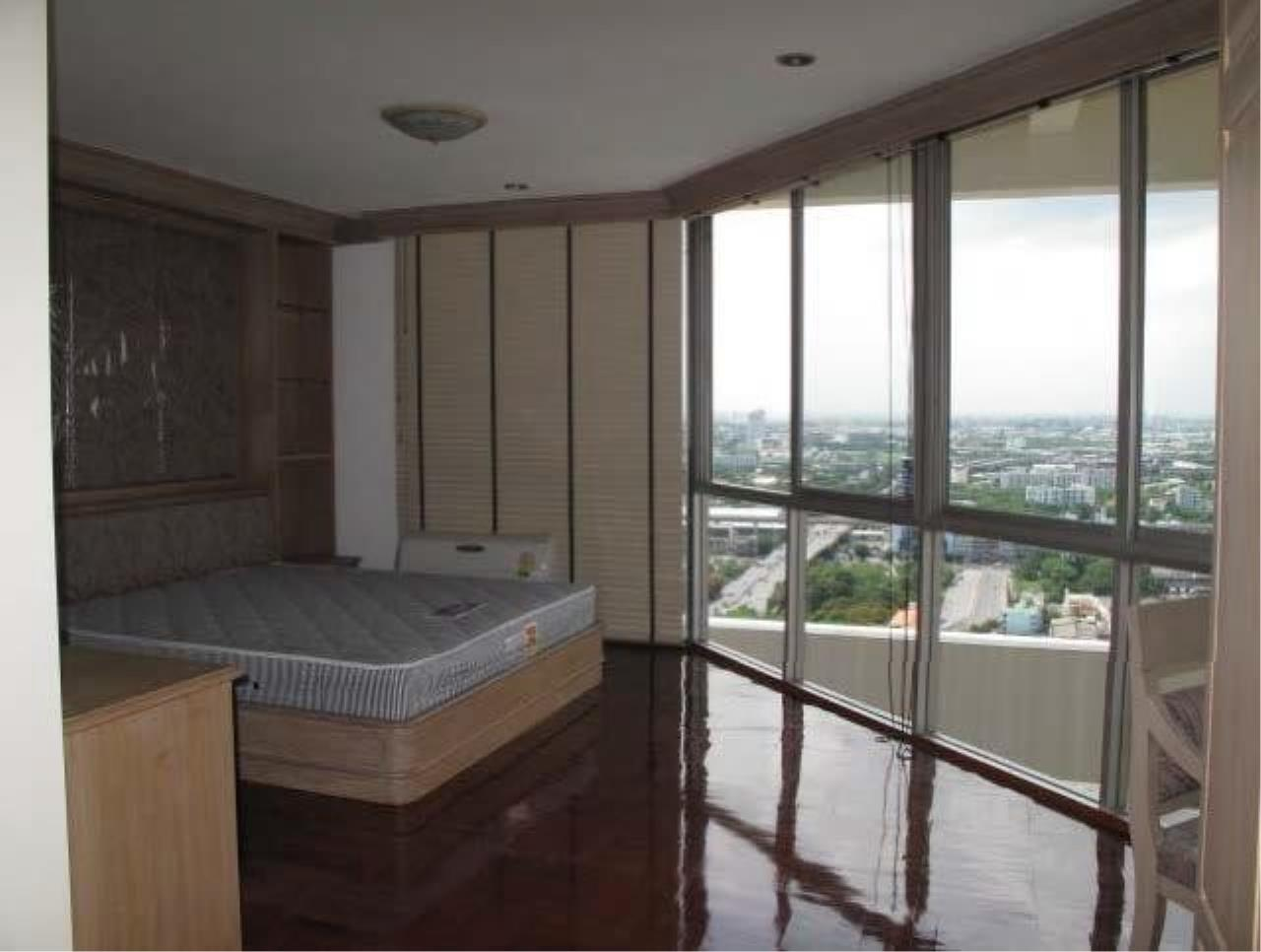 The One Residence Agency's condominium for rent at Tai Ping Towers , 4BR , 4BA , 400SQM 3
