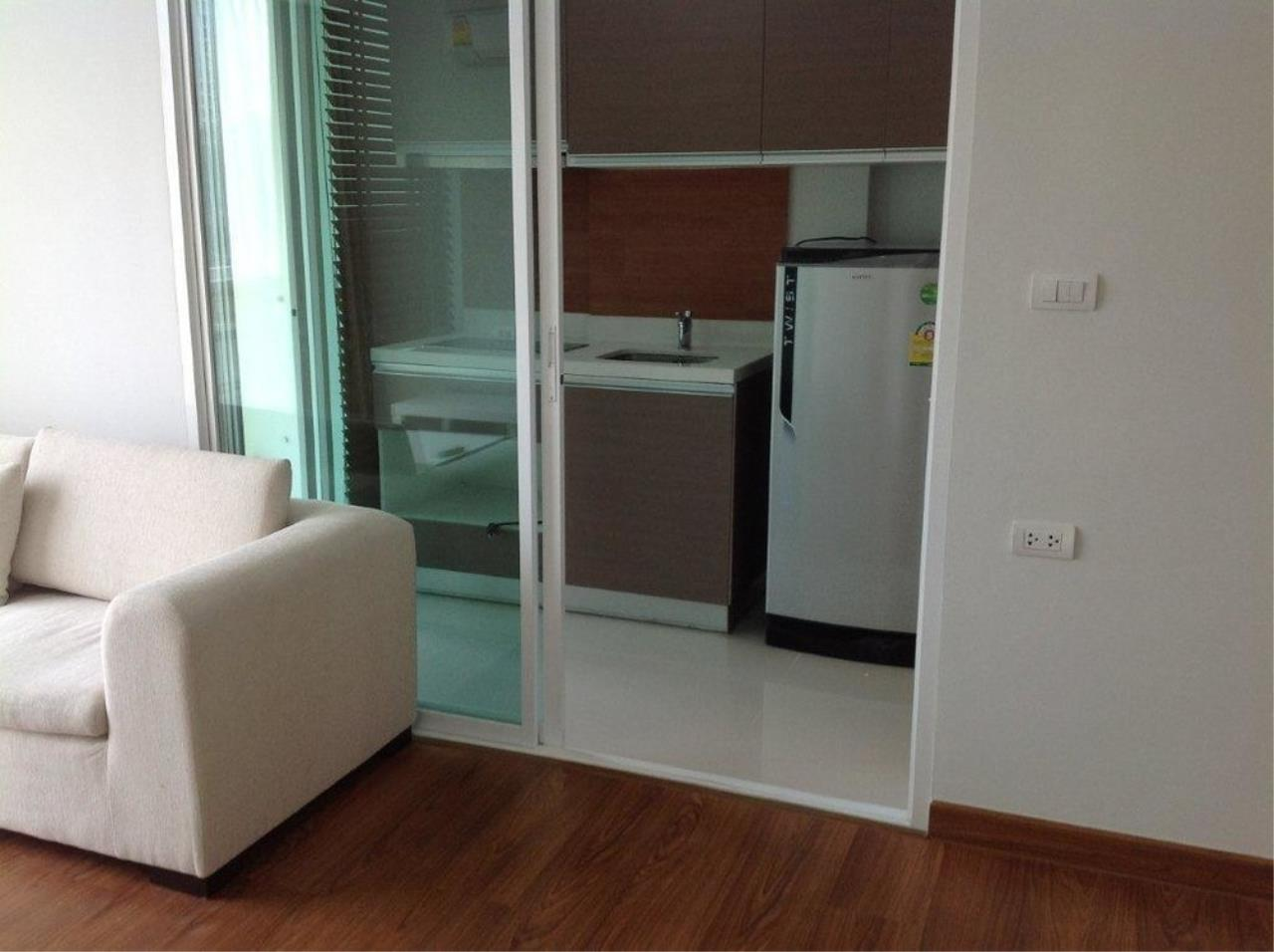 The One Residence Agency's condominium for rent at Chateau In Town Phaholyothin 11 , 2BR , 1BA , 45SQM 4