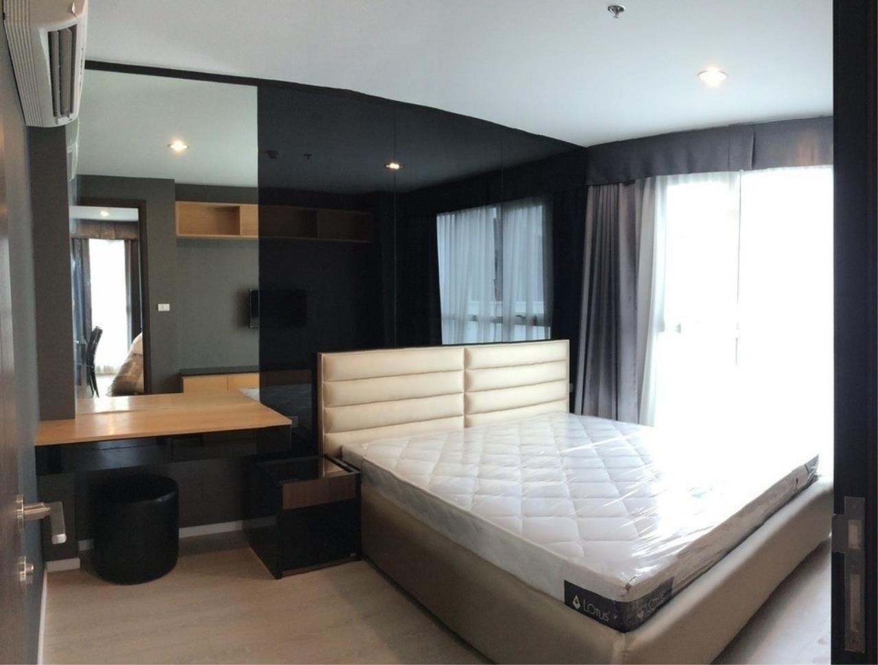 The One Residence Agency's condominium for Sale at Rhythm Sathorn - Narathiwas , 2BR , 2BA , 61SQM 1