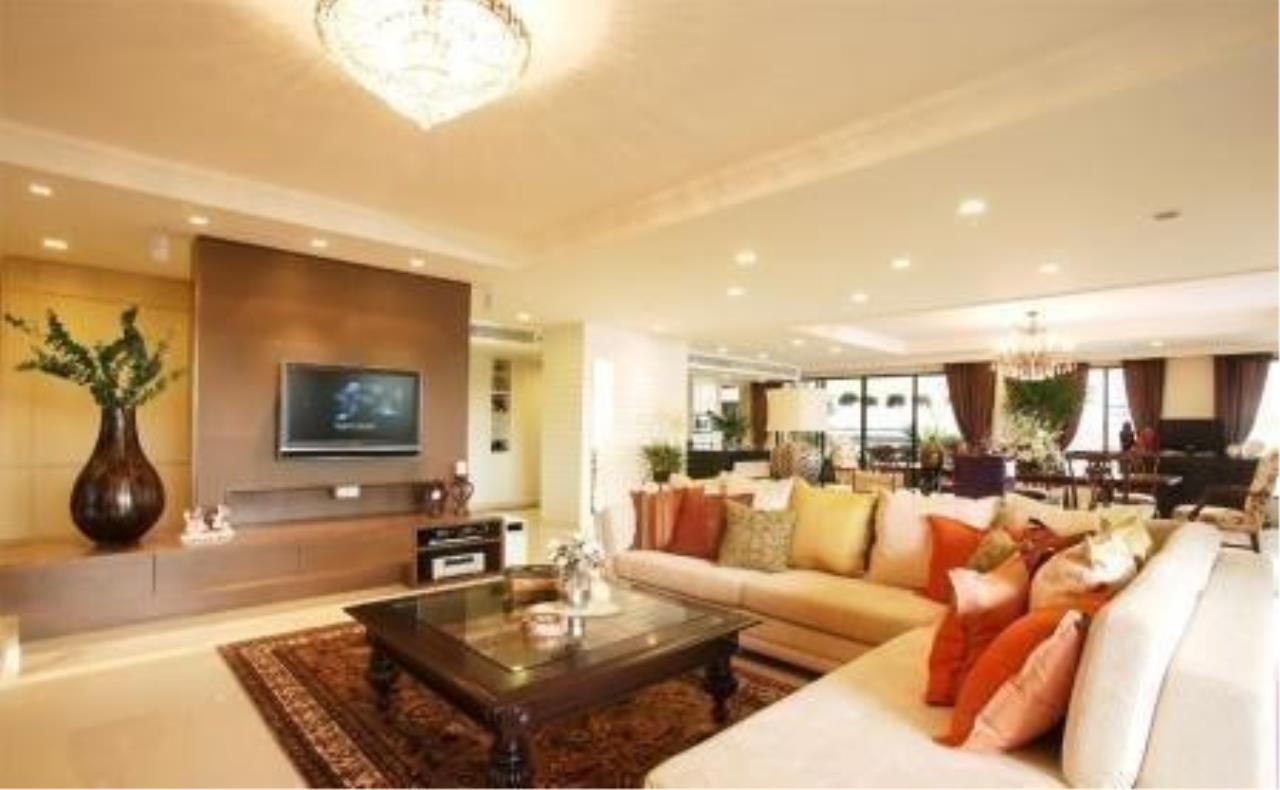 The One Residence Agency's condominium for Sale at Via 31 , 3BR , 3BA , 174SQM 1