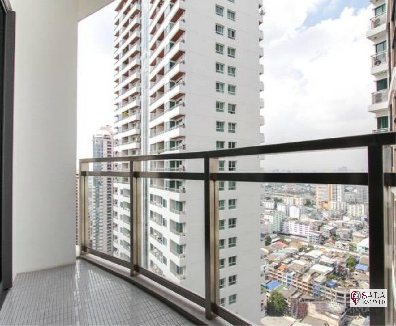 SALA ESTATE Agency's (FOR RENT) BRIGHT SUKHUMVIT 24 - BTS PHROM PHONG, DUPLEX TYPE,3 BEDROOMS 3 BATHROOMS, FULLY FURNISHED,CITY VIEW,HIGH FLOOR 9
