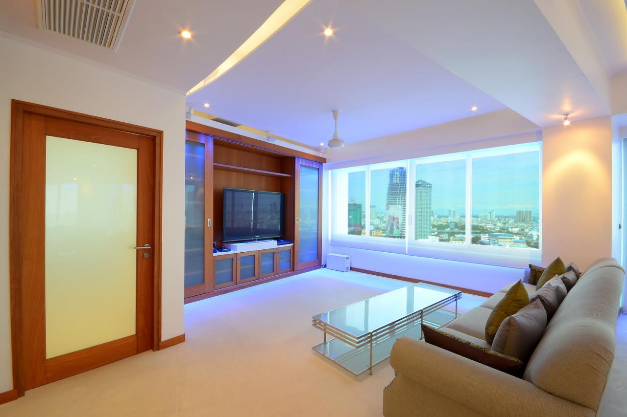 SALA ESTATE Agency's 2 bedroom condo for sale/rent in Supakarn condo  3