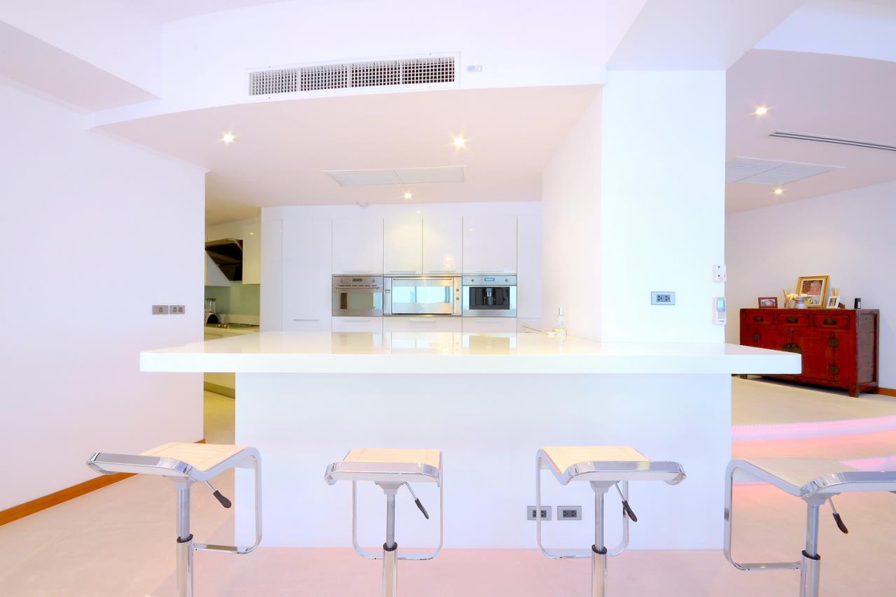 SALA ESTATE Agency's 2 bedroom condo for sale/rent in Supakarn condo  11