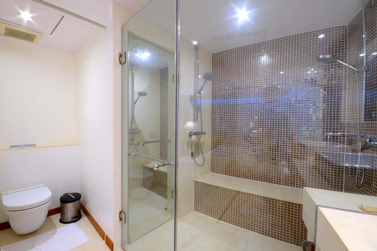 SALA ESTATE Agency's 2 bedroom condo for sale/rent in Supakarn condo  10