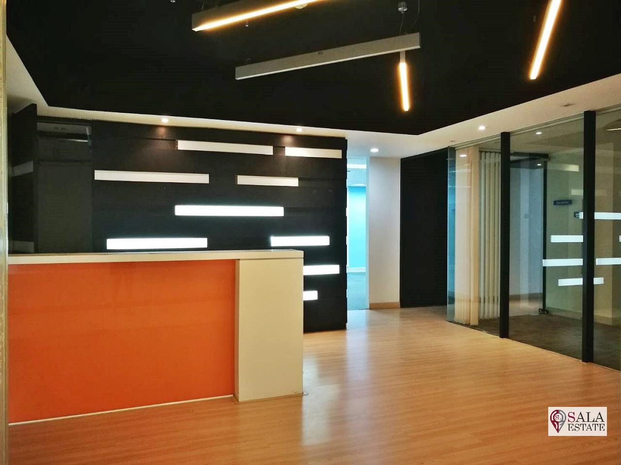 SALA ESTATE Agency's OFFICE SPACE AT SUKHUMVIT 13 - BTS NANA - TERMINAL 21 1