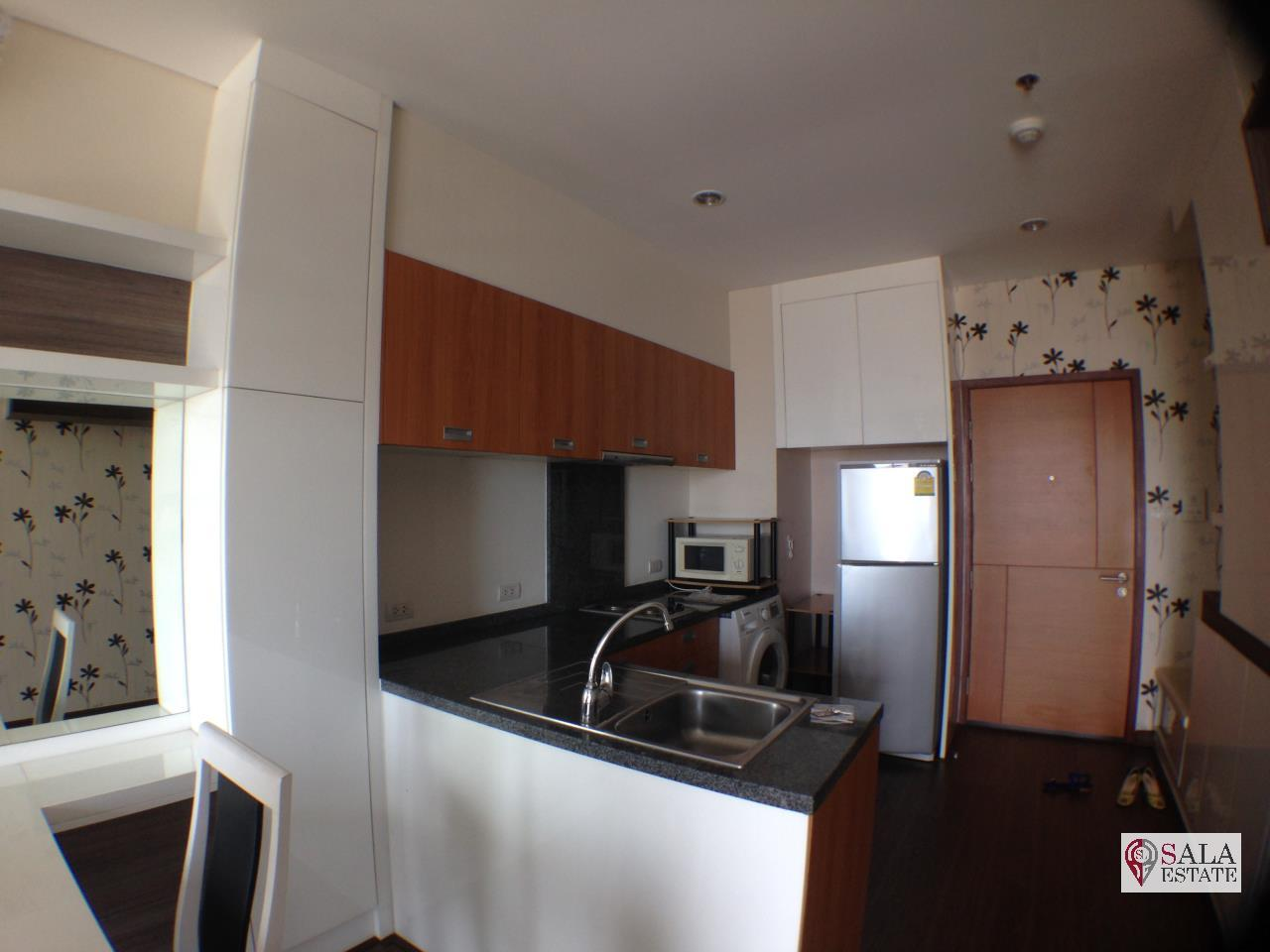 SALA ESTATE Agency's VILLA SATHORN – BTS KRUNG THONBURI, 1 Bedroom 1 Bathroom, Fully furnished, City View 4
