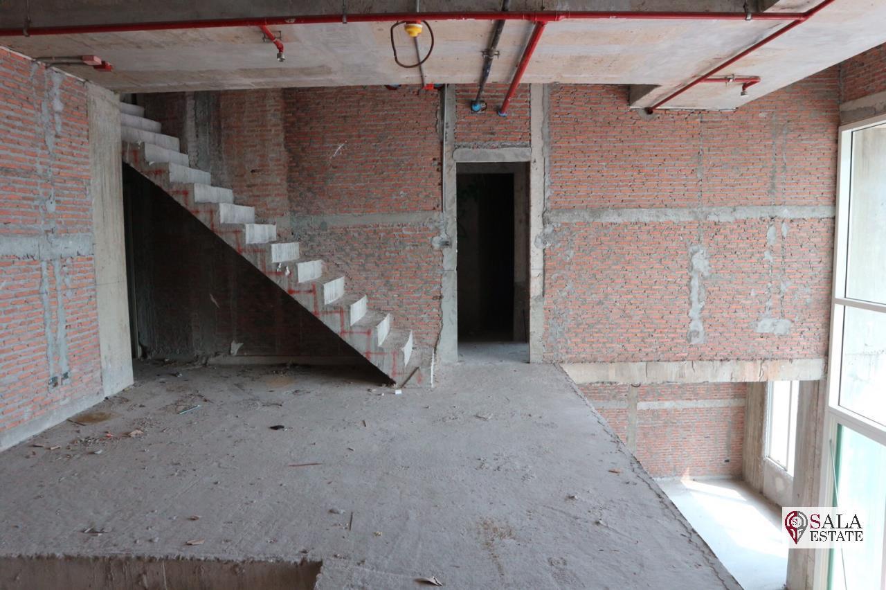 SALA REALESTATE Agency's Penthouse Tripplex top floor 3 bedroom condo for Sale in WaterMark Chaophraya River 4