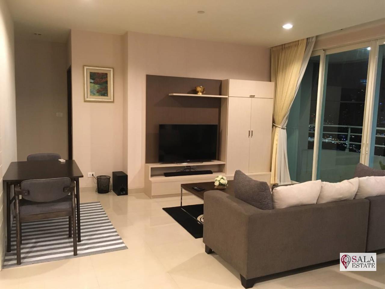SALA ESTATE Agency's 3 bedroom  condo for sale in Watermark Chaophraya River near BTS Saphan Taksin 2
