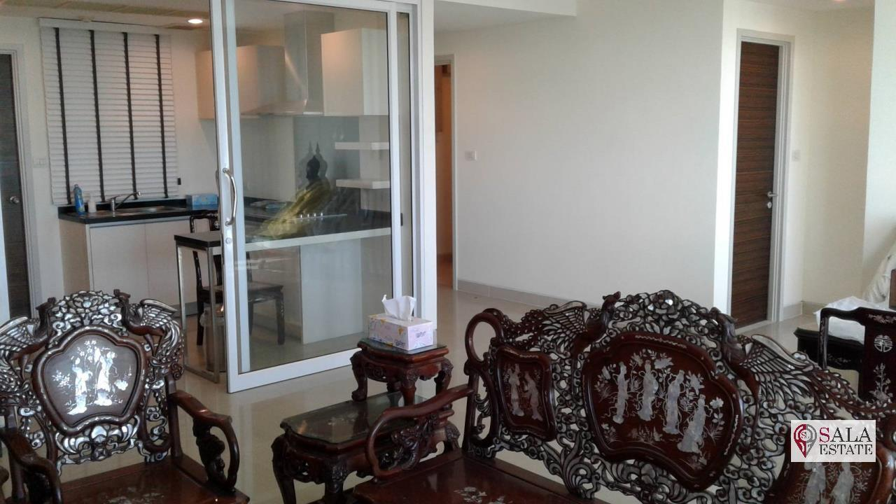 SALA ESTATE Agency's 3 bedroom condo for Sale in WaterMark Chaophraya River, Pets are allowed 5