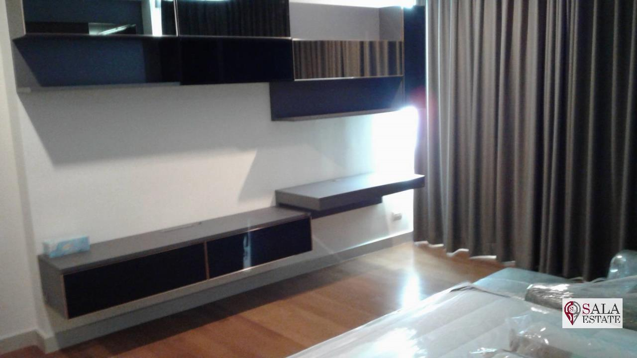 SALA ESTATE Agency's 3 bedroom condo for Sale in WaterMark Chaophraya River, Pets are allowed 10
