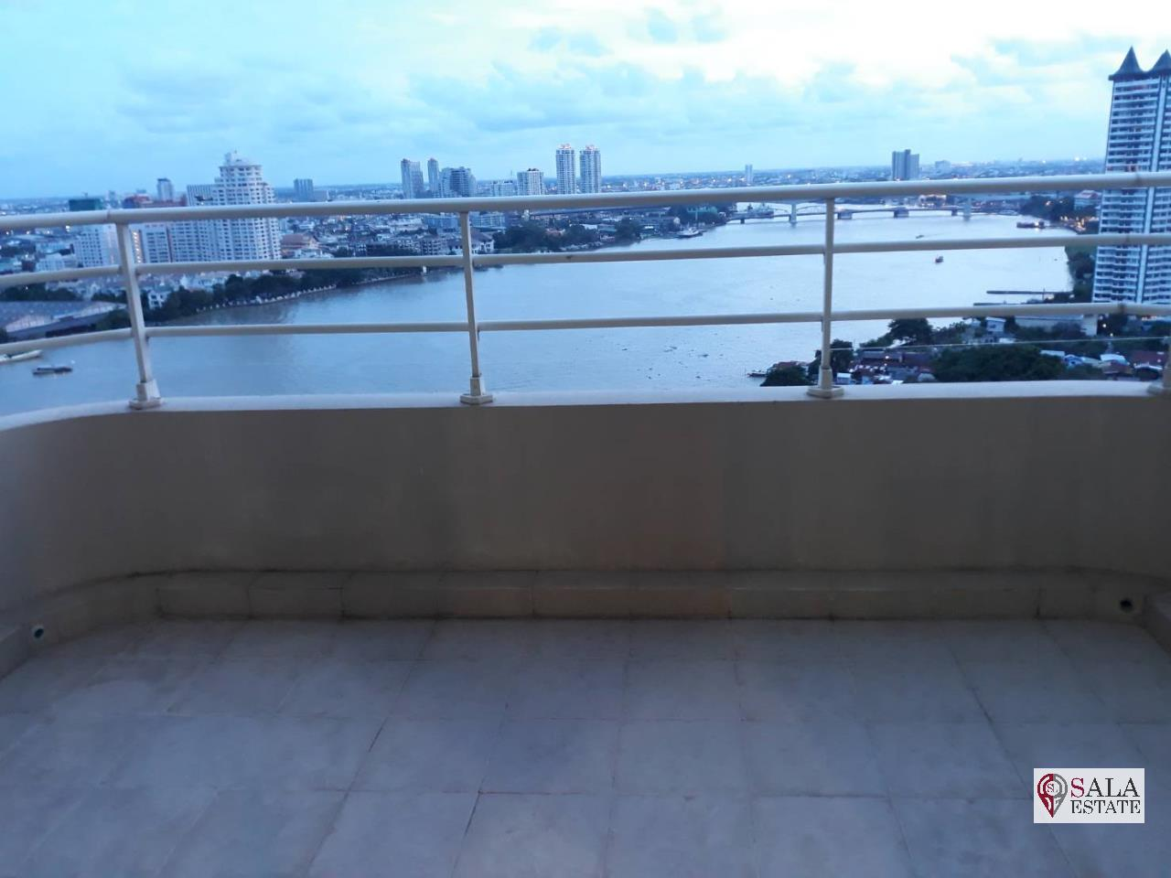SALA ESTATE Agency's 2 bedroom condo for rent in Watermark Chaophraya River near BTS Saphan Taksin 13