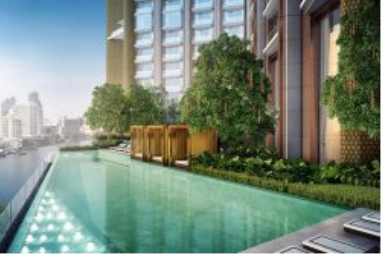 RE/MAX CondoDee Agency's The Most Luxurious Waterfront Residence - Icon Siam 19