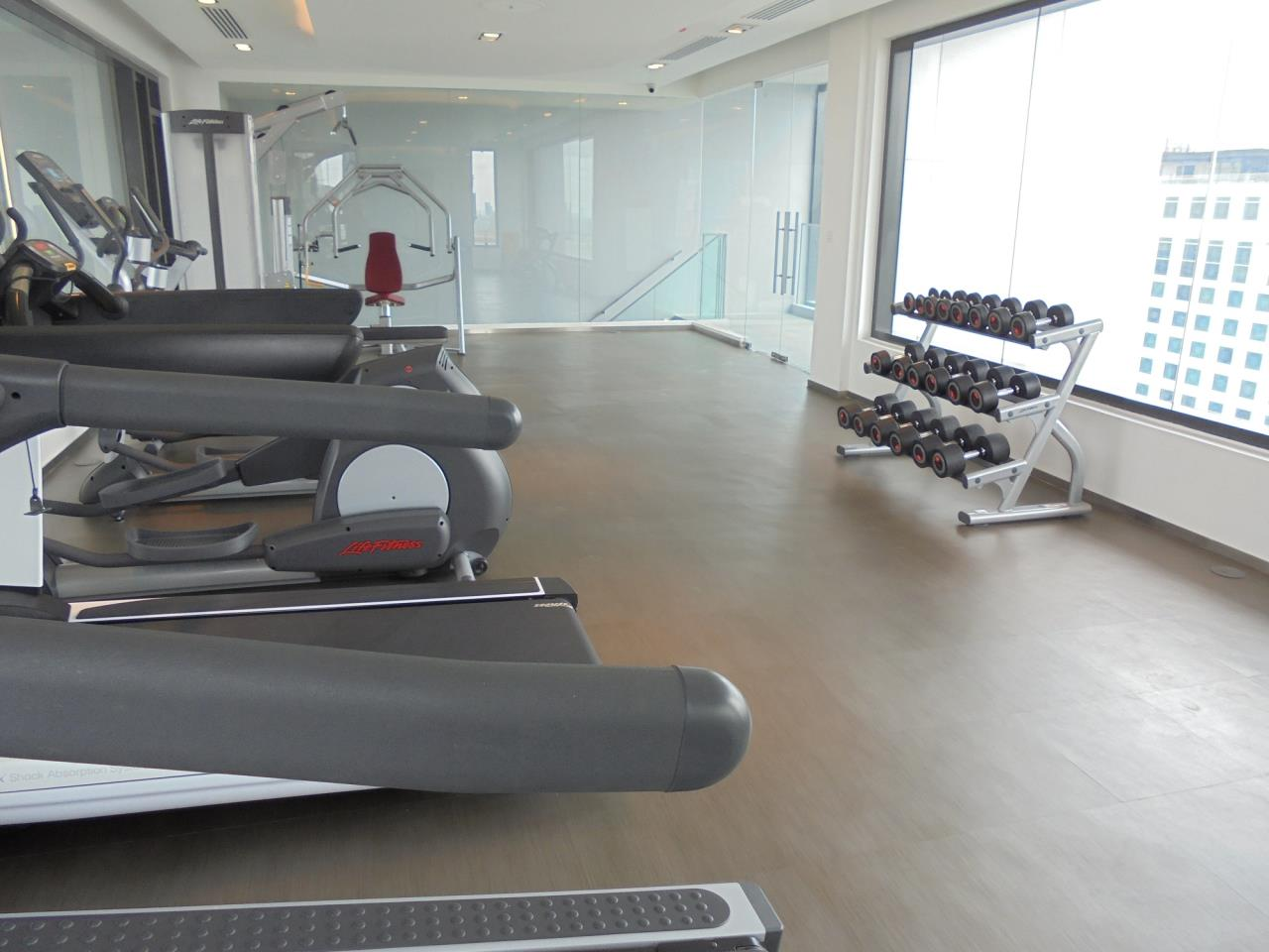 RE/MAX CondoDee Agency's New Condo for Rent @ BTS Asoke 4