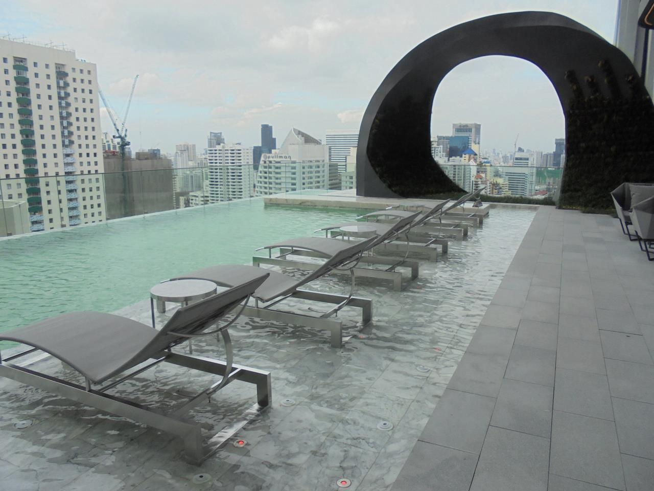 RE/MAX CondoDee Agency's New Condo for Rent @ BTS Asoke 6