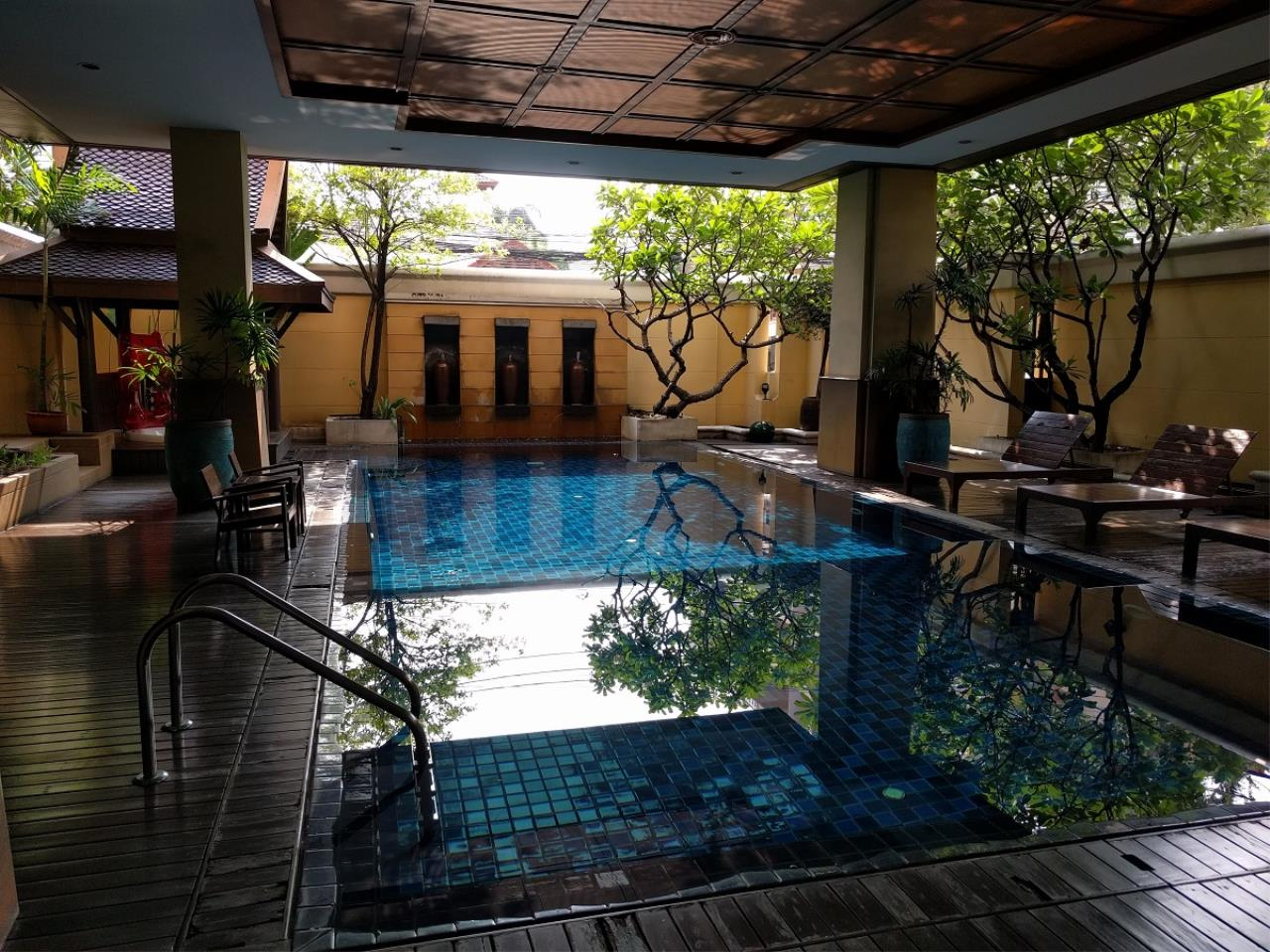 RE/MAX CondoDee Agency's Thai Elegance Luxury Condominium - Entire Building for Sale 30