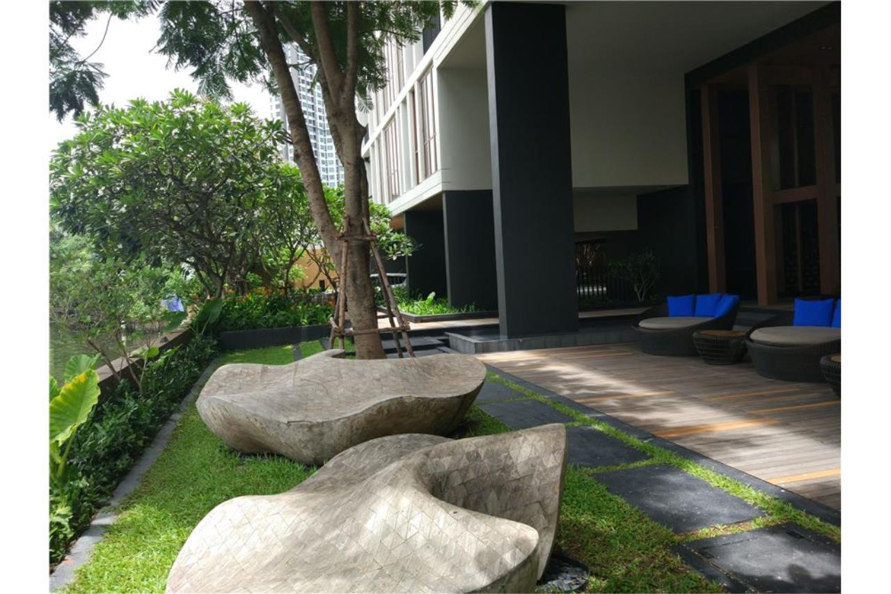 RE/MAX Executive Homes Agency's Hasu haus for sale 4.8 MB 1