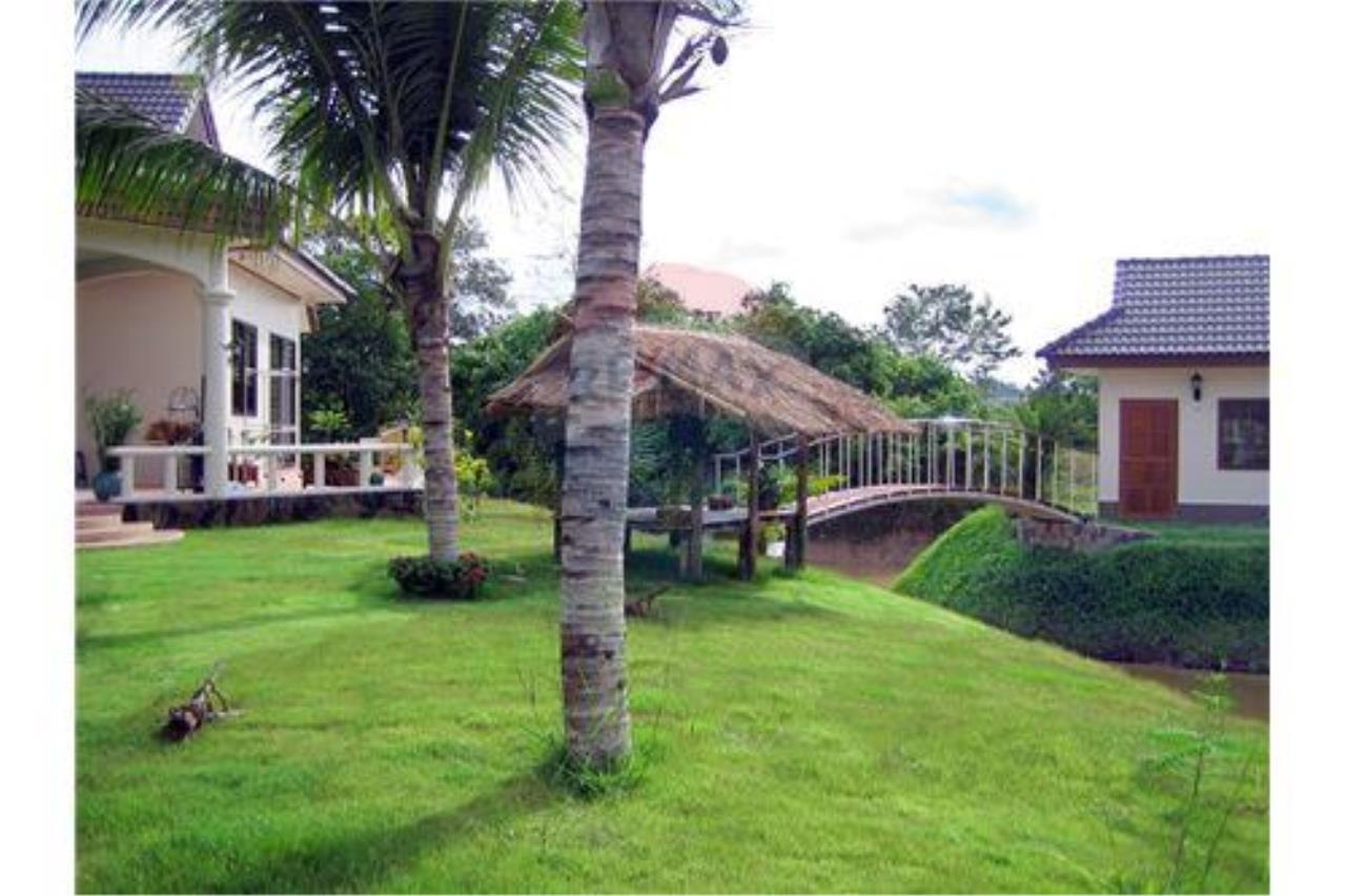"RE/MAX Executive Homes Agency's ""Baan Maekok"" 12,85 M in Baan Melanie plot G-7 8"