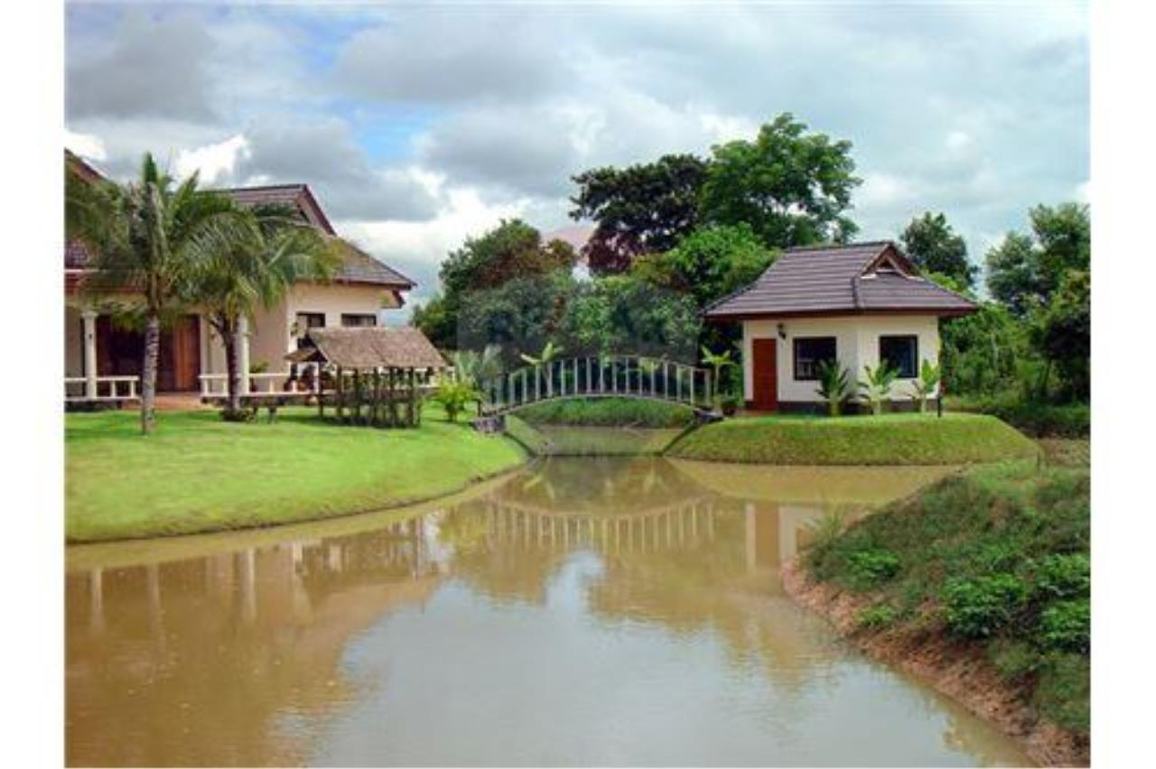 "RE/MAX Executive Homes Agency's ""Baan Maekok"" 12,85 M in Baan Melanie plot G-7 58"