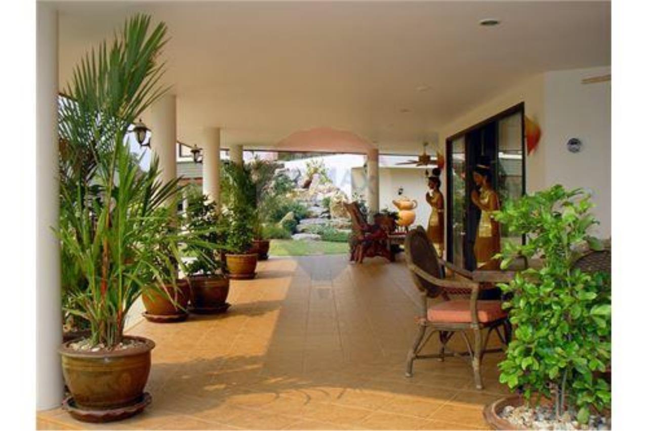 "RE/MAX Executive Homes Agency's ""Chom View"" 13.4 M in Baan Melanie plot G-7 6"
