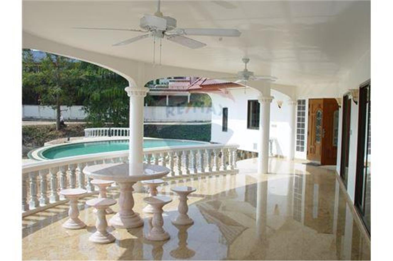 "RE/MAX Executive Homes Agency's ""Song Chan"" 13.95 M in Baan Melanie plot G-7 9"