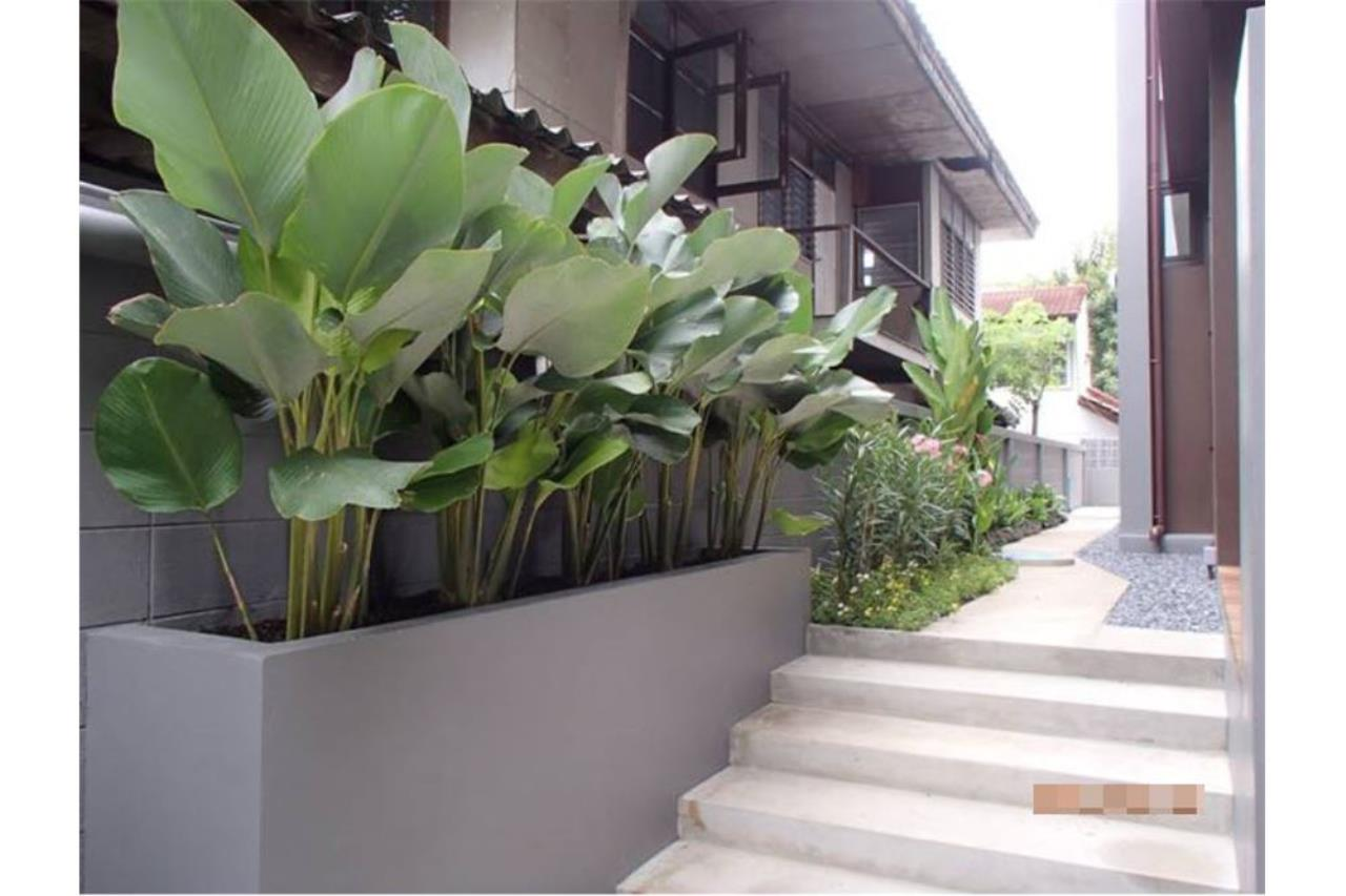 RE/MAX Executive Homes Agency's Single House with Private Pool  Sukhumvit 49 3