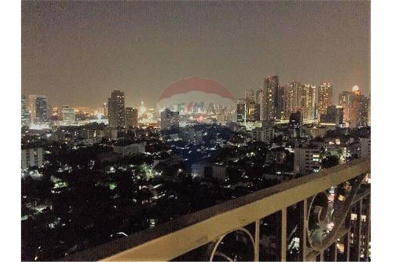 RE/MAX Executive Homes Agency's Crest Sukhumvit 34 (BTS Thonglo) 2